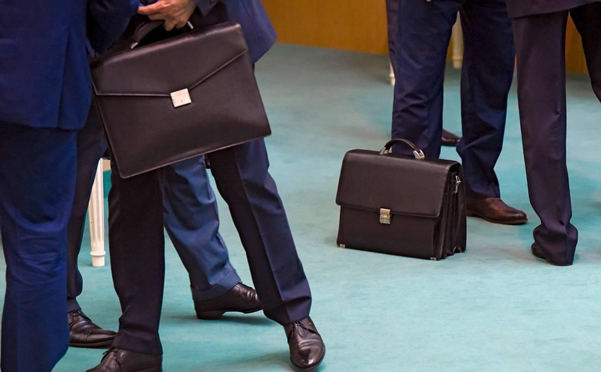 Полномочия Федеральной службы по финансовым рынкам
